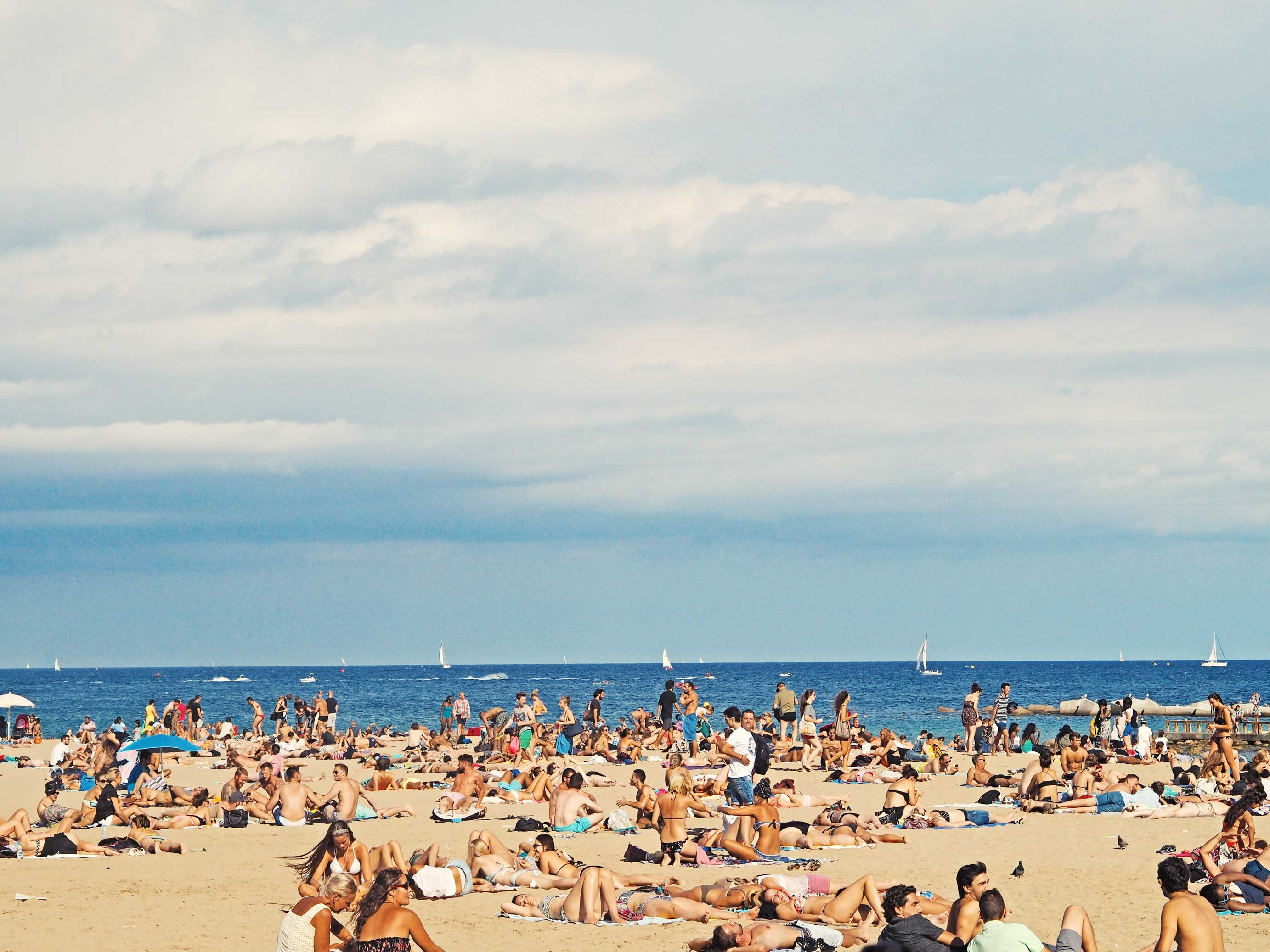 Picture of people sunbathing on the Spanish coast